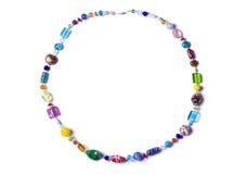 Ожерелье сделанное из красочного изолированного стекла на белизне Стоковые Фото