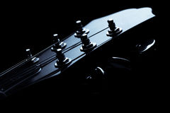 ожидания шнура музыканта 6 головки акустической гитары Стоковое Изображение RF