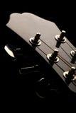 ожидания шнура музыканта 6 головки акустической гитары Стоковые Фото