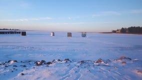 лож Россия transbaikalia льда рыболовства рыб как раз поглотили зиму Стоковые Изображения