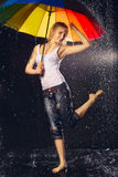дождь девушки вниз Стоковое Фото