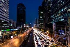 дождь ночи города серповидный Стоковая Фотография