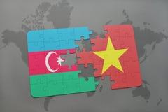 озадачьте с национальным флагом Азербайджана и Вьетнама на карте мира Стоковое фото RF