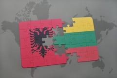 озадачьте с национальным флагом Албании и Литвы на предпосылке карты мира Стоковые Изображения