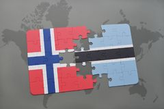 озадачьте с национальным флагом Норвегии и Ботсваны на карте мира Стоковая Фотография RF