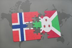 озадачьте с национальным флагом Норвегии и Бурунди на карте мира Стоковые Фотографии RF