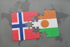 озадачьте с национальным флагом Норвегии и Нигера на карте мира Стоковое Изображение
