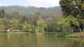 Озера, пруды, пресноводные, водяные поверхности, естественные сток-видео