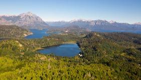 Озера Nahuel Huapi и гора Campanario Стоковые Изображения RF