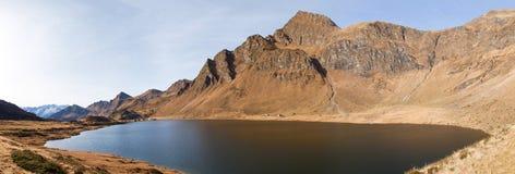 Озера Ritom, Cadagno, Том в осени Стоковое Изображение RF