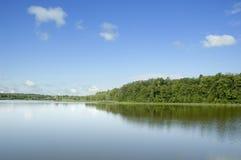 озеро банка Стоковое Изображение