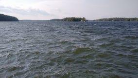 озеро ветреное стоковое изображение rf