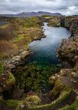 Озеро вполне монеток в национальном парке Pingvellir, Исландии стоковое фото rf