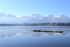 Озеро в баварском allgäu стоковое изображение
