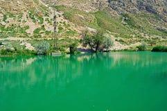 Озеро в горах, Кыргызстан Стоковые Изображения RF
