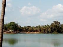 Озеро в деревне Стоковое Изображение RF