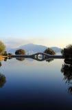Озеро в зиме стоковое изображение