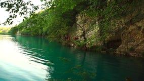Озеро в национальном парке Plitvice, Хорватии акции видеоматериалы