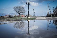 Озеро в дороге Стоковая Фотография RF