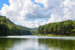 Озеро в Maehongson, Таиланде стоковая фотография rf