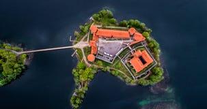 Озеро в Trakai и своем замке, воздушном взгляде сверху стоковое изображение