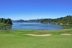 озеро гольфа курса Стоковые Изображения