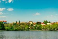 Озеро город Стоковая Фотография