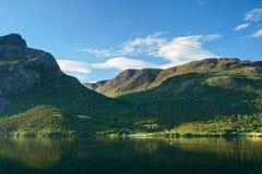 Озеро горы Норвегии Стоковые Изображения