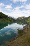 Озеро гор в Норвегии Стоковое Изображение RF
