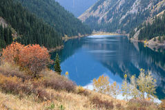 Озеро гор Стоковое Изображение RF