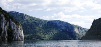 Озеро гор стоковые фото
