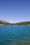 Озеро Давос в ¼ Graubà nden взгляд Швейцарии в лете Стоковое фото RF