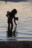 озеро девушки Стоковые Фото