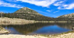озеро длиной Стоковые Изображения