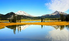 Озеро искр в конце дня! стоковое изображение rf