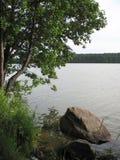Озеро и банк Стоковое Изображение RF