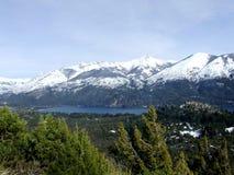 Озеро и гора Стоковые Изображения