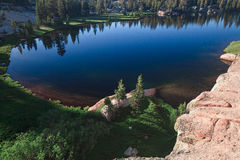 Озеро и пик собор Стоковое Изображение RF