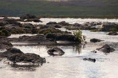 Озеро и утесы Стоковые Изображения RF