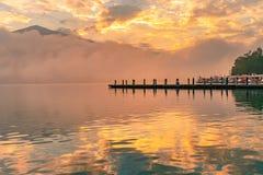 Озеро лун Солнца утра, Тайвань стоковое фото rf