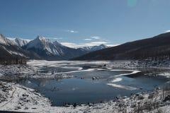 Озеро медицин, национальный парк яшмы стоковые фото