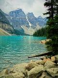 Озеро морен в соотечественнике Banff стоковые изображения