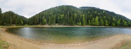 Озеро на горах Стоковые Фото