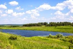 Озеро на поле близко Стоковые Фото