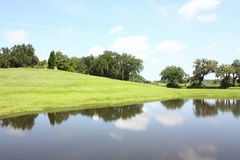 Озеро, небо и облако Стоковые Фото