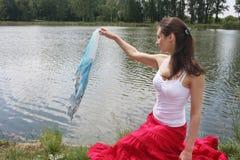 озеро около женщины Стоковые Фото