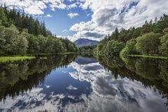 озеро отражательное Стоковые Фотографии RF