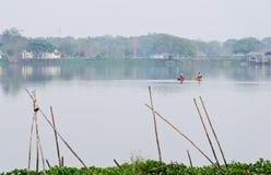 озеро рыболова спокойное Стоковые Изображения RF