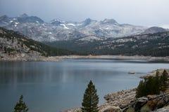 Озеро самоцвет на следе заводи спешкы Стоковое фото RF