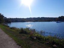 Озеро с валами Стоковые Изображения